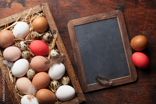 Hen and quail eggs