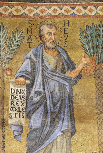 Photo Saint Matthew mosaic in the basilica of Saint Paul Outside the Walls, Rome, Ital