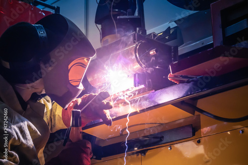The welder does the work Canvas Print