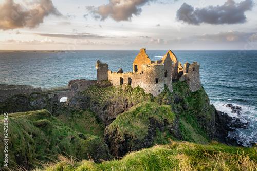 Fotobehang Noord Europa Dunluce Castle