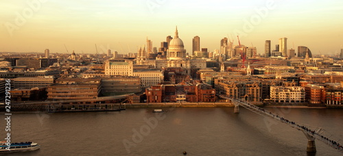 Cadres-photo bureau London st pauls cathedral london