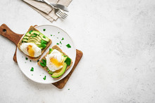 Poached Eggs And Avocado Sandw...