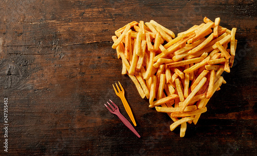 Fototapeta Heart shaped still life of French fries obraz