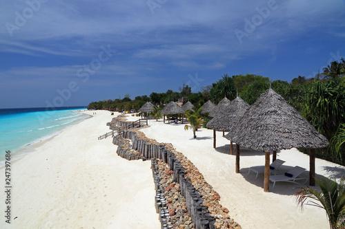 Montage in der Fensternische Sansibar Coast and beach in Nungwi, Zanzibar, Tanzania