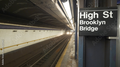Photo  Brooklyn Bridge subway station at High Street
