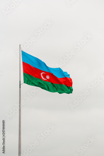Foto op Canvas Aziatische Plekken Azerbaijan flag with the sky background