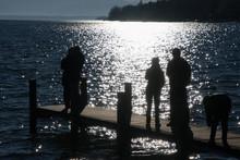 Menschen Am Starnberger See Im...