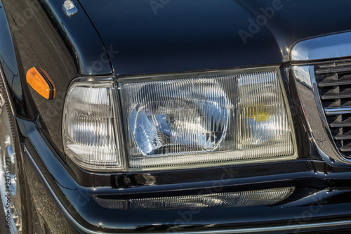 Fototapeta 自動車のヘッドライト Headlight of the car obraz na płótnie