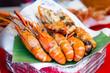 Leinwanddruck Bild - Grilled shrimps seafood on the table in market of Bangkok Thailand