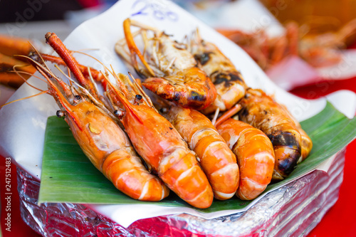 Fototapeta  Grilled shrimps seafood on the table in market of Bangkok Thailand