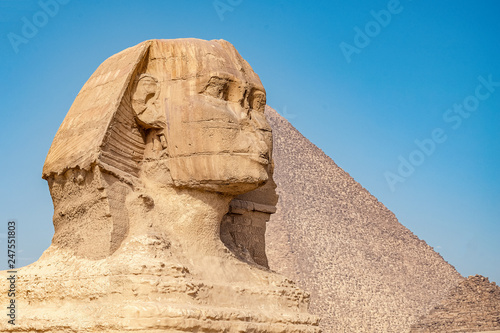 Tuinposter Egypte .Sphinx on blue sky background