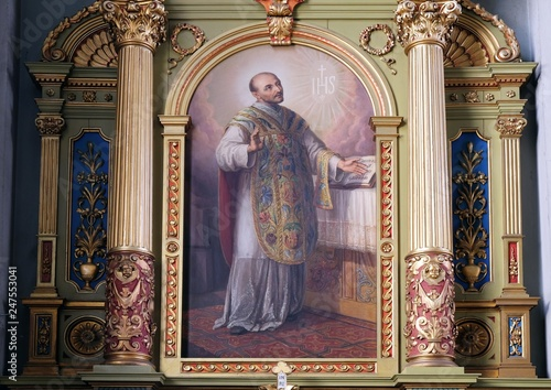 Obraz na plátně Saint Ignatius of Loyola altarpiece in the Basilica of the Sacred Heart of Jesus