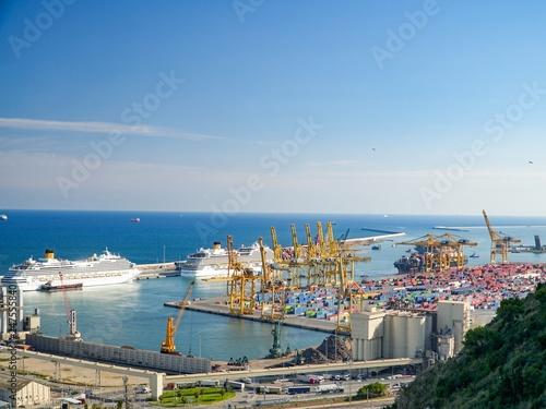 Aluminium Prints Canada Barcelona port view