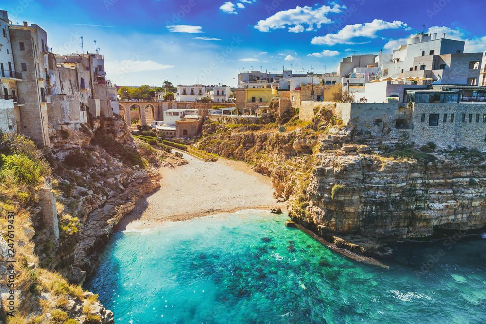 Fototapety, obrazy: Scenic view of Lama Monachile Cala Porto beach in Polignano a Mare, Italy