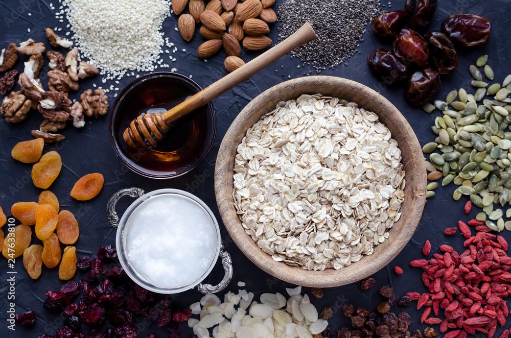 Fototapety, obrazy: Ingredients for homemade granola