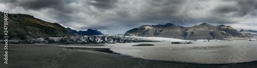 Foto auf AluDibond Grau Verkehrs Jokulsarlon Glacier in stormy weather , Iceland