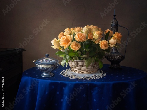 Fototapeta Still life with splendid bouquet of yellow roses obraz