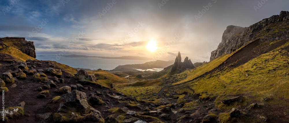 Fototapeta The Landscape Around the Old Man of Storr and the Storr Cliffs, Isle of Skye, Scotland, United Kingdom
