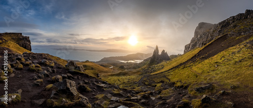 Spoed Foto op Canvas Bleke violet The Landscape Around the Old Man of Storr and the Storr Cliffs, Isle of Skye, Scotland, United Kingdom