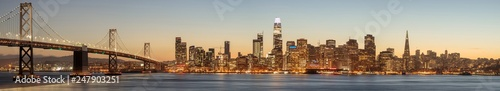 Photo The Bay Bridge and San Francisco Skyline Panorama