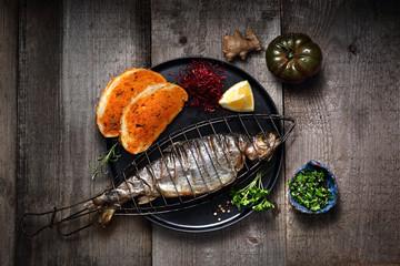 Danie obiadowe, ryba z rusz...