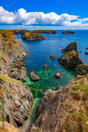 Photographie france; brittany,belle-île-en-mer  island , creek and beach