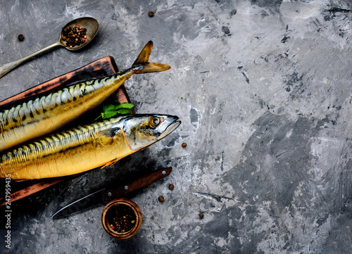 Fotografia  Smoked fish mackerel