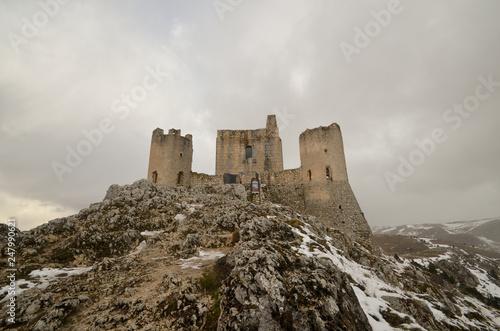 Fotografie, Obraz  Rocca Calasci con la neve - Antica fortezza in Abruzzo