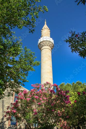 Fotografia  Minarett in Bodrum  mit blauem Himmel