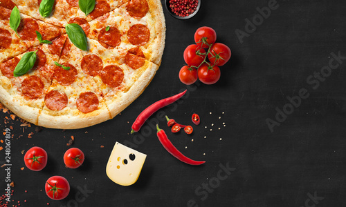 Foto op Canvas Pizzeria pizza, pepperoni, food, italian, cheese, tomato