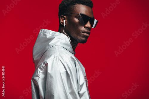 Obraz Stylish young african male model - fototapety do salonu