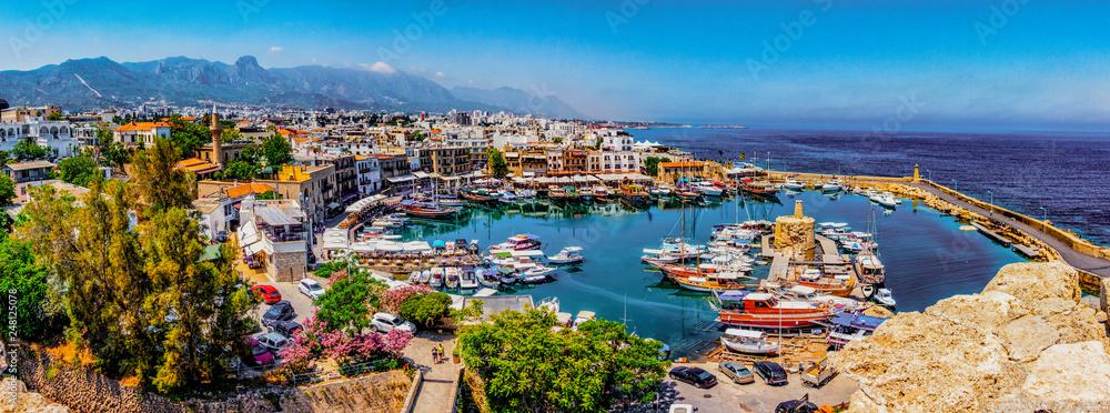 Fototapety, obrazy: Kyrenia marina in Cyprus
