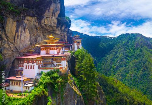 Foto auf Leinwand Blaue Nacht Taktshang Goemba, Tiger nest monastery, Bhutan