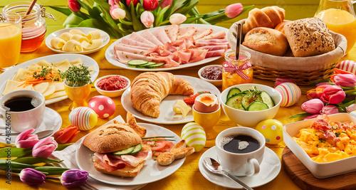 Fototapeta Heart Easter breakfast with eggs and tulips obraz