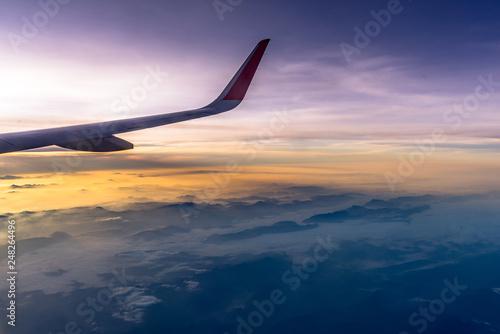Türaufkleber Flugzeug Morning fog of mountains aerial view