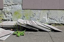 Construction Defect: Tiles Has Fallen From A Wall