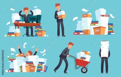 Fotografia Unorganized office papers