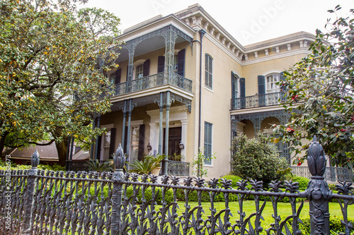 Valokuva Colonel Short's Villa, mansion in Garden District, New Orleans, Louisiana