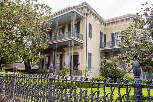 Obraz na plátne Colonel Short's Villa, mansion in Garden District, New Orleans, Louisiana