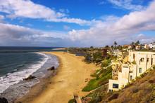 Luxury Homes Above Corona Del Mar State Beach N California