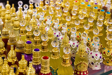 Perfume spirits glass bottles - souvenirs in United Arab Emirates