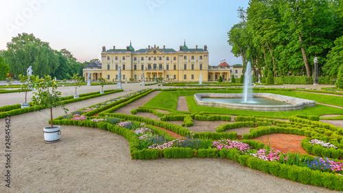 Fototapety, obrazy: Garden in the Branicki Palace, Bialystok, Poland