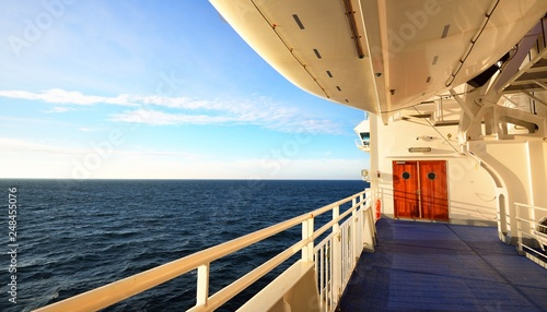 Stampa su Tela Seascape of the Baltic sea from the deck of a ferry