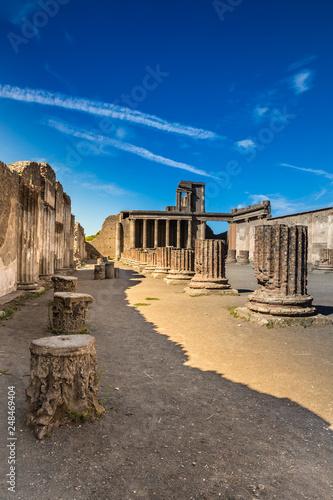 Stampa su Tela Ruins of Pompeii - Naples Province,Campania, Italy