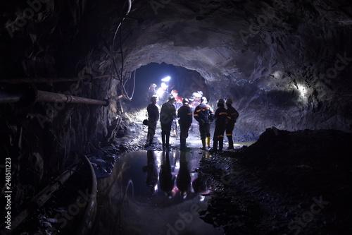 Fotografie, Obraz  Kopalnia Rudy Zelaza Krzywy Rog Ukraina, najnizej polozona trasa turystyczna na