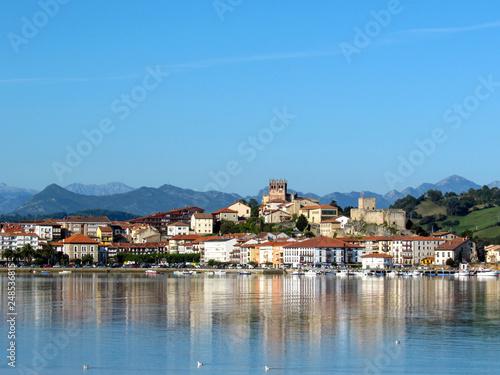 Fotomural San Vicente de la Barquera reflected in water, coastal village in Cantabria, Not