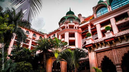 Fotomural Leela palace bangalore