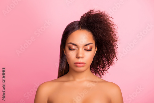 Photo  Close-up portrait of her she nice groomed glamorous adorable lady perfect shine