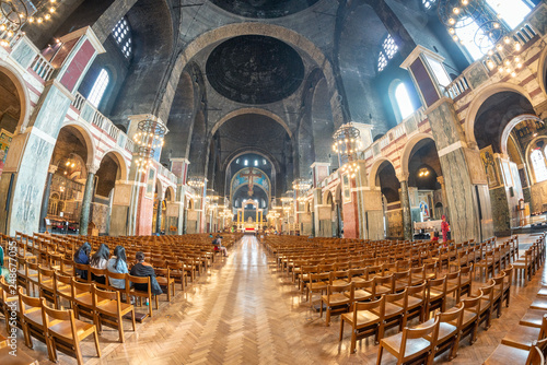 Obraz na płótnie LONDON - SEPTEMBER 26, 2016: Interior of Westminster Cathedral