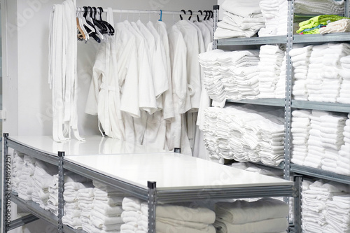 Fotomural Hotel linen cleaning services. Hotel laundry